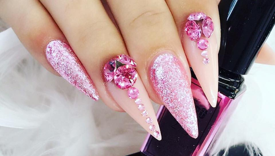 Acrylic Gel Nails at home – Mobile Beauty Therapists 01223 750331